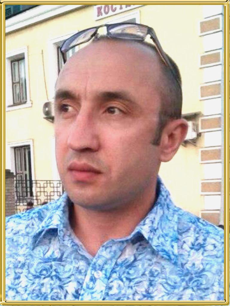 Это изображение имеет пустой атрибут alt; его имя файла - Харькин-Денис-Николаевич-1-768x1024.jpg